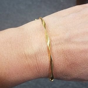 Jewelry - 14k Solid Yellow gold Tension 3mm Bangle Bracelet